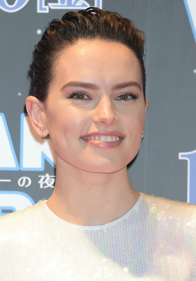 Daisy Ridley's 'Star Wars: The Rise of Skywalker' hair nailed this runway trend.