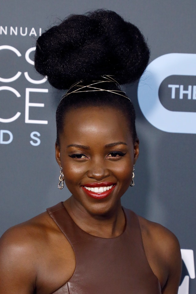 Lupita Nyong'o at the 2020 Critics' Choice Awards is one of the best beauty looks