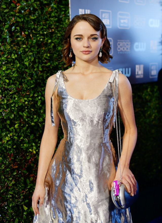 Joey King's nails gave her Critics' Choice Awards outfit a futuristic twist