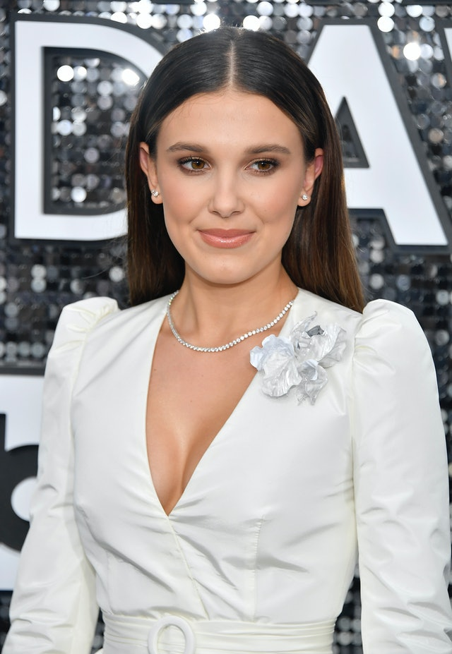Millie Bobby Brown was one of the top 2020 SAG Awards beauty looks of the night