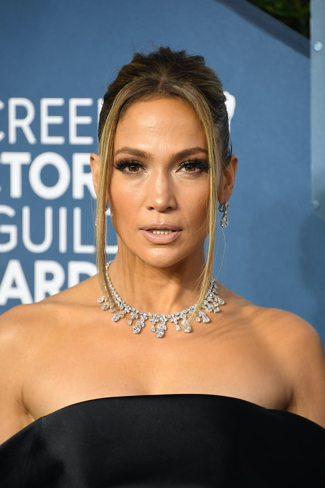 Jennifer Lopez was one of the top 2020 SAG Awards beauty looks of the night
