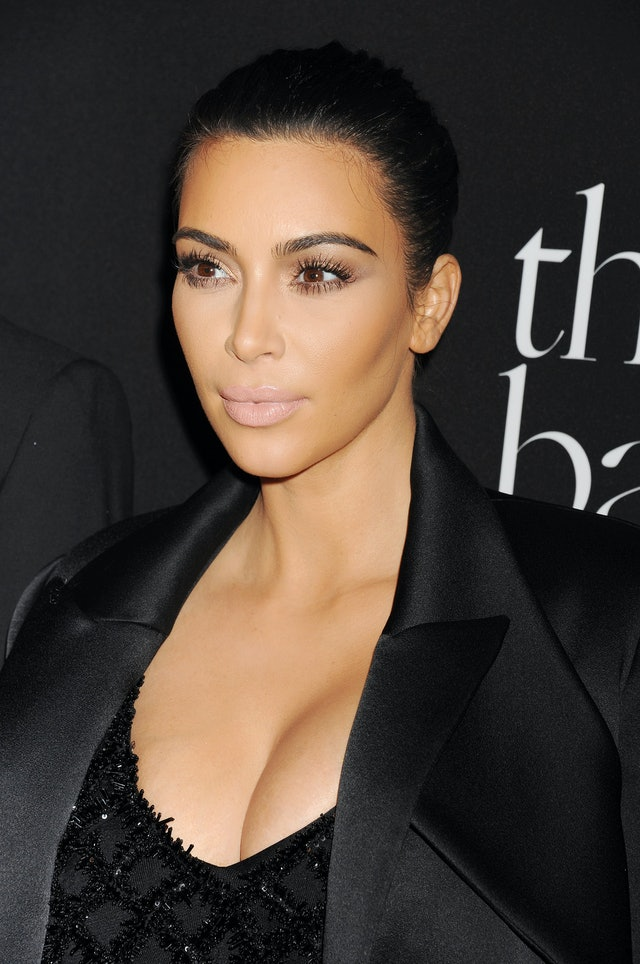 Kim Kardashian approves of a powder-pink lipstick reminiscent of '00s beauty looks