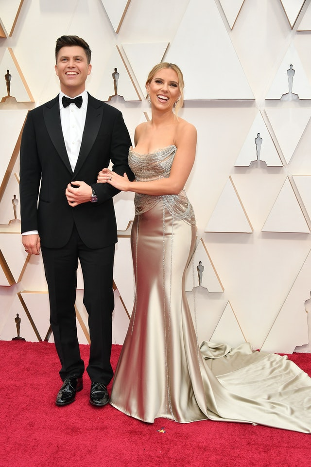 The Best Couples Looks At The 2020 Oscars That We're Still Obsessing Over Scarlett Johansson and Colin Jost