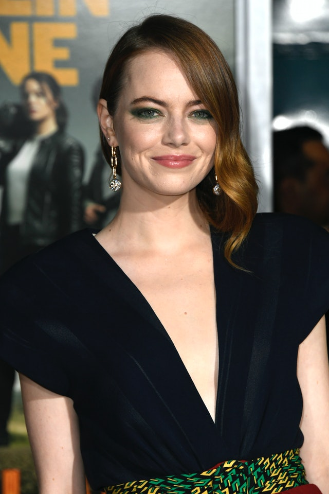 Emma Stone wears one of fall's best lipstick colors dusty rose