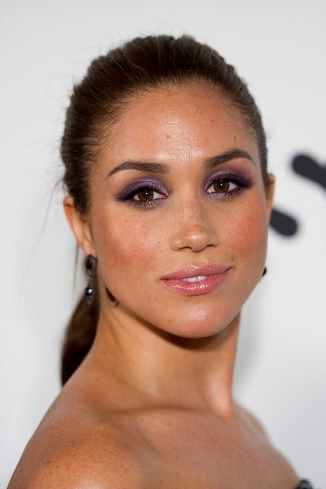Markle has donned purple eyeshadow on a red carpet look before.