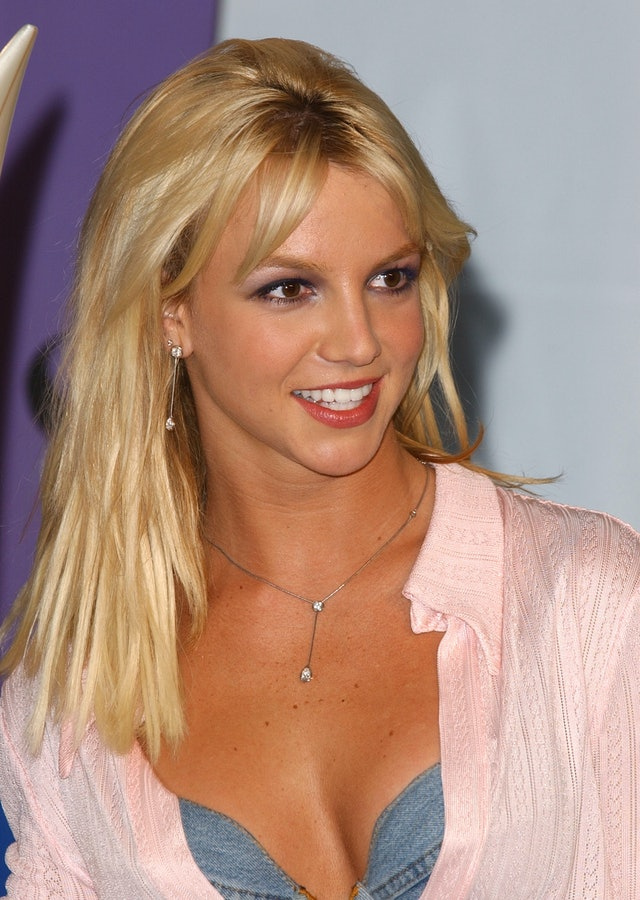 Spears' blonde hair was a 2000s classic.