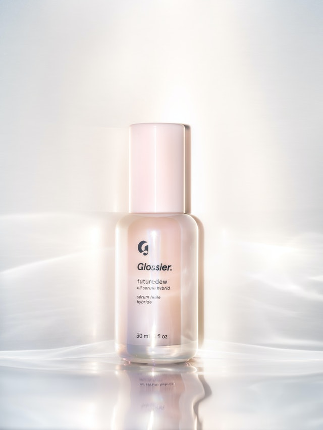 Packaging for Glossier's new Futuredew serum