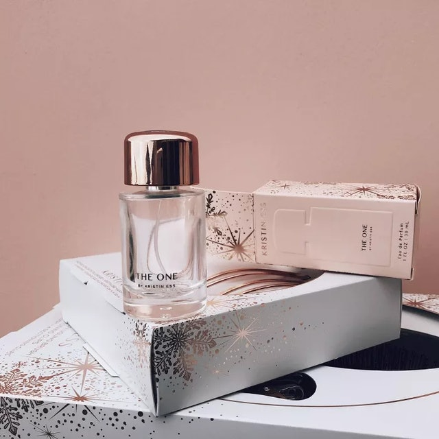 The One fragrance from Kristin Ess' holiday sets