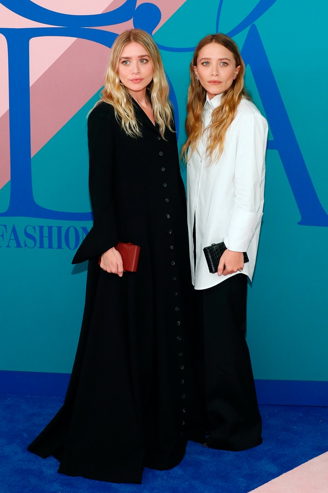 Ashley and Mary-Kate Olsen attend the 2017 CFDA Fashion Awards.