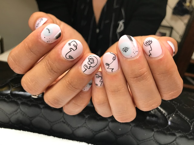 The Los Angeles Nail Art Designs That West Coasters Keep ...