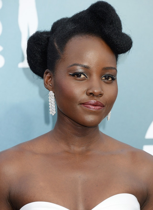 Lupita Nyong'o was one of the top 2020 SAG Awards beauty looks of the night