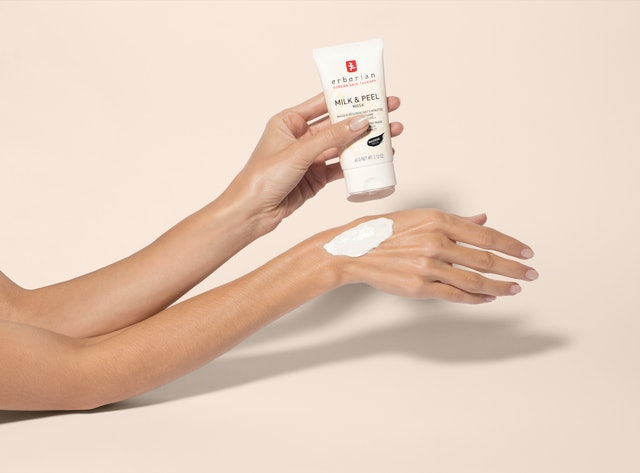 The new Erborian Milk & Peel collection's face mask.