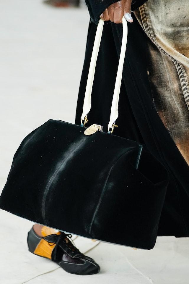Marni fall 2020 handbag trend.