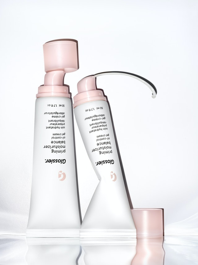 Glossier's new Priming Moisturizer Balance is perfect for oily skin