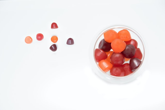 Chewy gummy multivitamins in a bowl