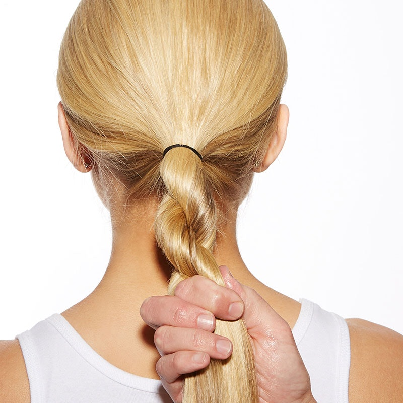 The Easiest Airport Hairstyle – Ever