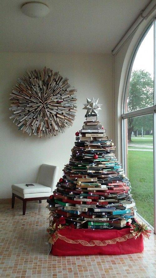 Last-Minute Ways To Fake A Christmas Tree