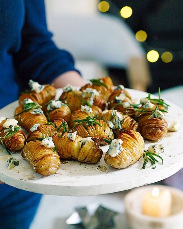 7 Hors D'oeuvres Perfect For Holiday Entertaining