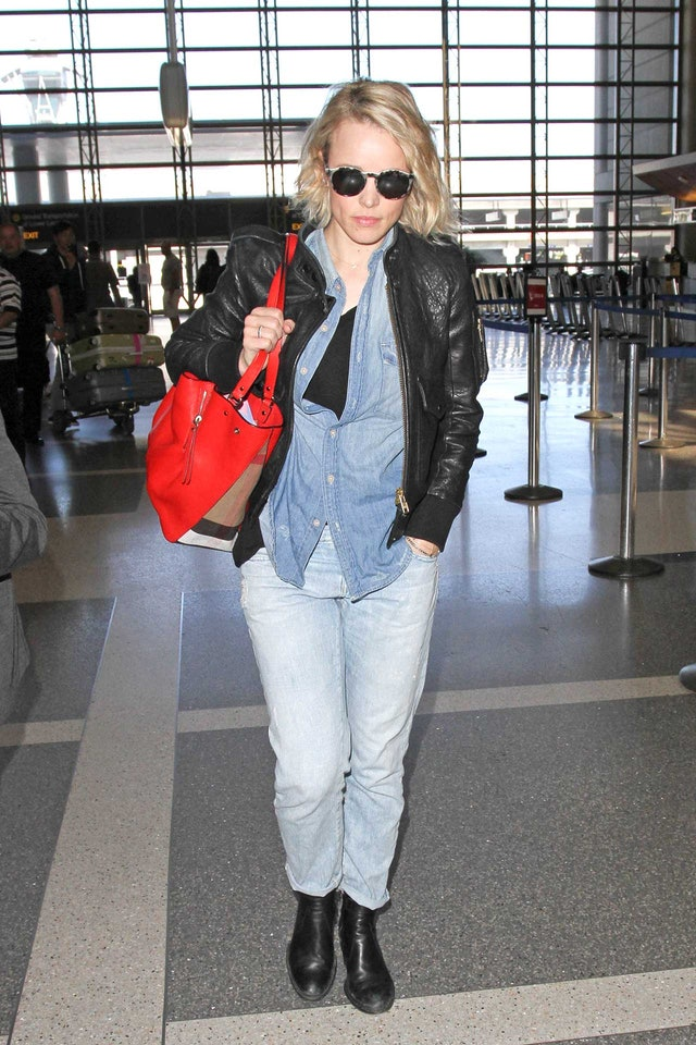 How To Nail Comfort-First Airport Style Like A Celeb | 640 x 960 jpeg 168kB