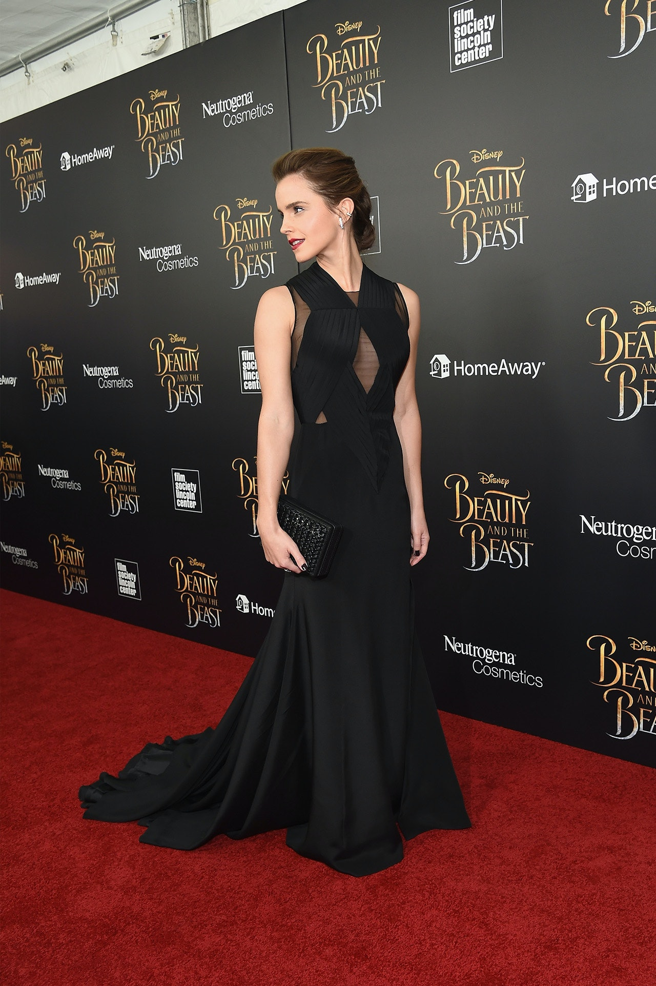 Emma Watson Is Continuing To Dress Like A Disney Princess—But It\'s ...