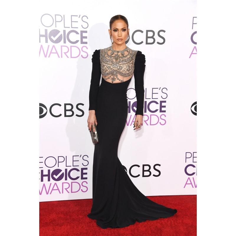 J.Lo\'s On-Trend Fall Outfit Is So Easy For Women Over 40