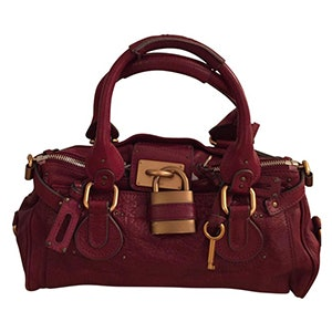These Are The Most Popular Handbags Of All Time 489e4909917bf