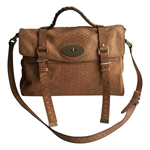 8656bd0dc7db These Are The Most Popular Handbags Of All Time