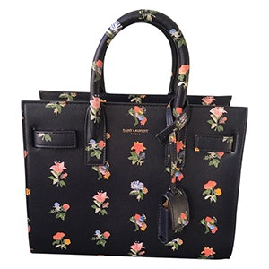 e070e0c1a801 These Are The Most Popular Handbags Of All Time
