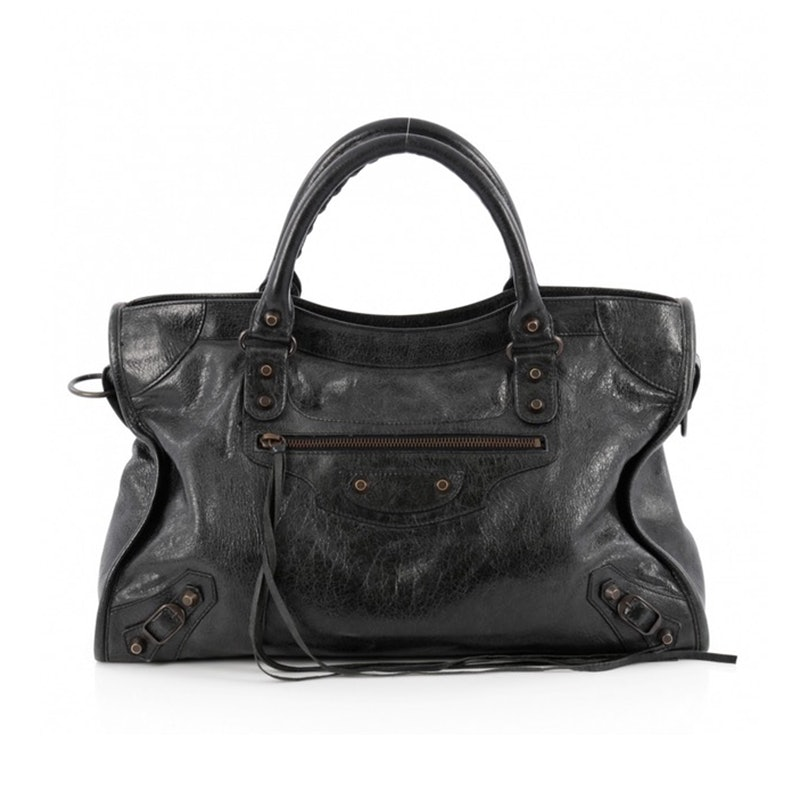6e94da211c8 These Are The Most Popular Handbags Of All Time