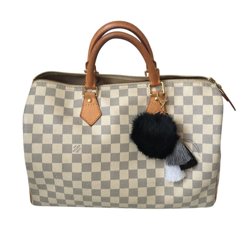 14ca2fa23b4d These Are The Most Popular Handbags Of All Time