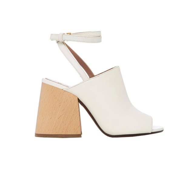 Seriously Stunning Sandals That Will Make Your Outfit