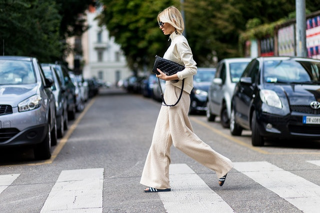 This Is The Sandal Trend All Fashion Girls Will Be Wearing