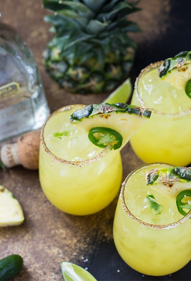 7 Mouthwatering Margarita Recipes To Sip All Summer Long