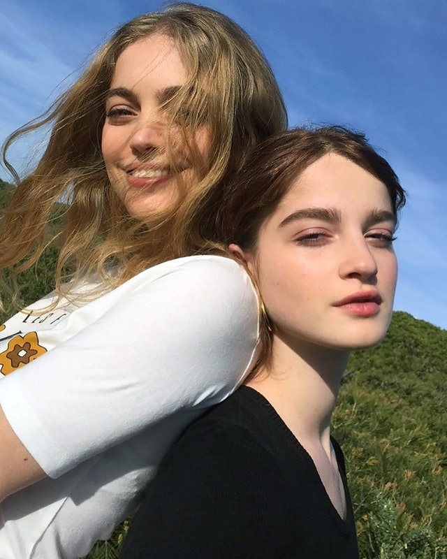 French Girl Beauty Tips For Effortlessly Radiant Skin: The Trendy Hairstyle French Girls Can't Stop Wearing