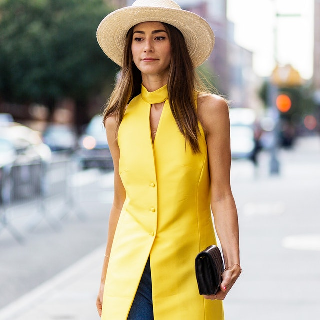 8 Ways Fashion Girls Style This Must-Have Summer Accessory 8bf108b5bce