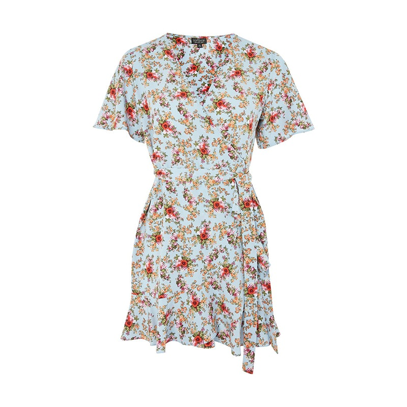 f50d686c98ff0 14 Chic (And Affordable) Clothing Brands That Cater To Petites