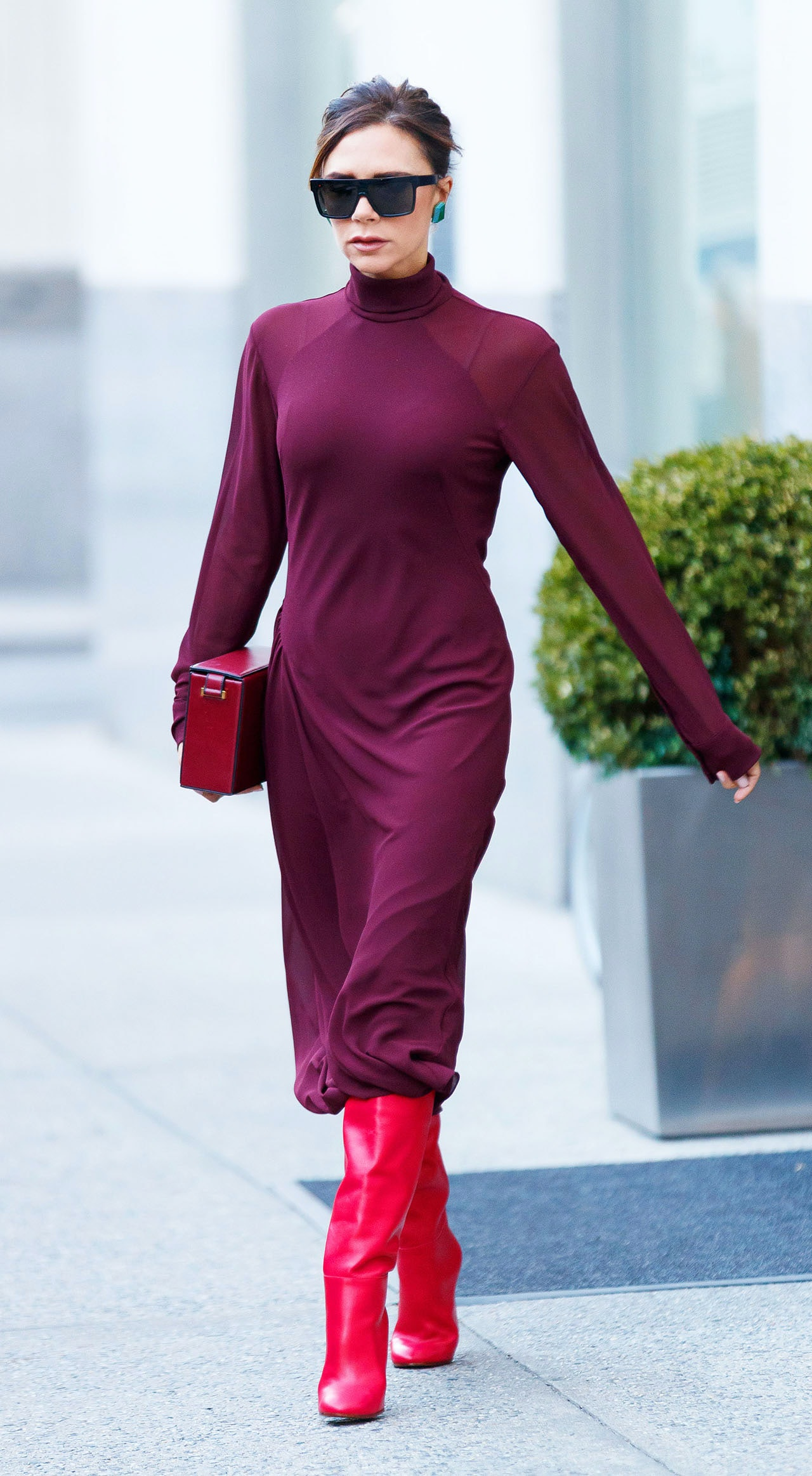 62ee976580 Victoria Beckham Wore Ruby Red Slippers And We Found An Affordable Replica