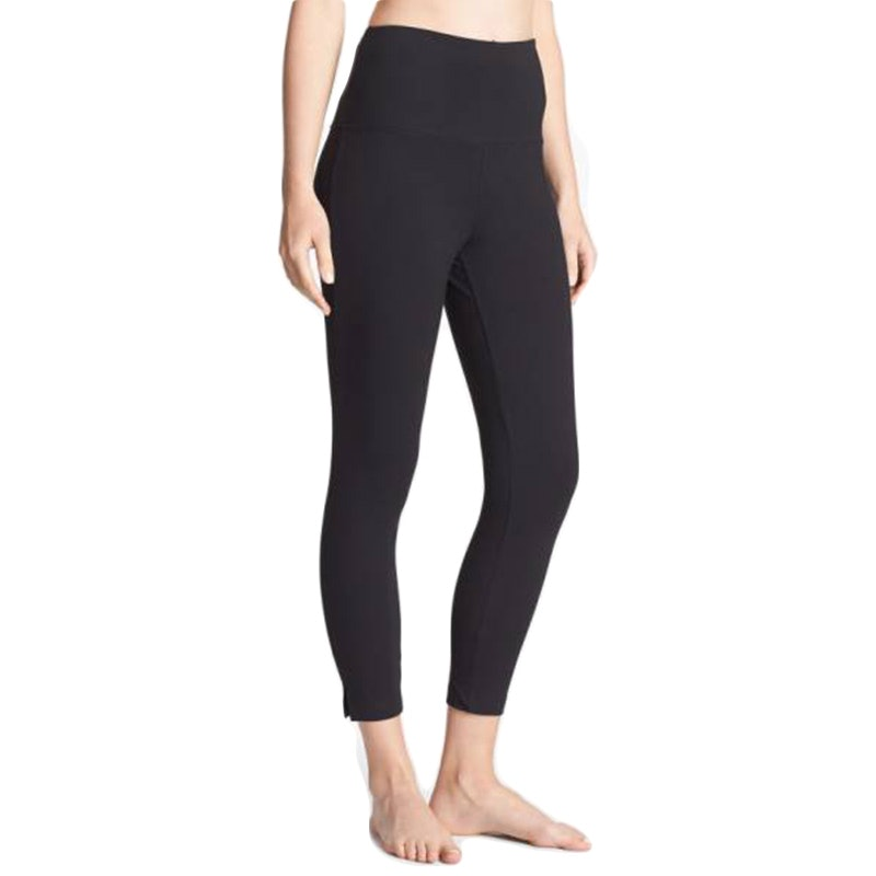 f21c4370f2604 The Most Flattering Leggings For Your Body Type