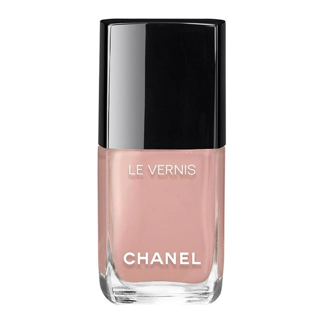 Nail Polish Colors For Cool Skin Tones: Nude Nail Polishes That Work With Your Skin Tone