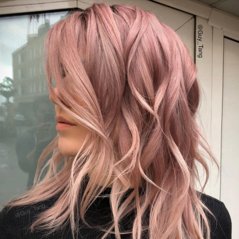 Rose Gold Hair Is 2018 S Coolest Summer Beauty Trend